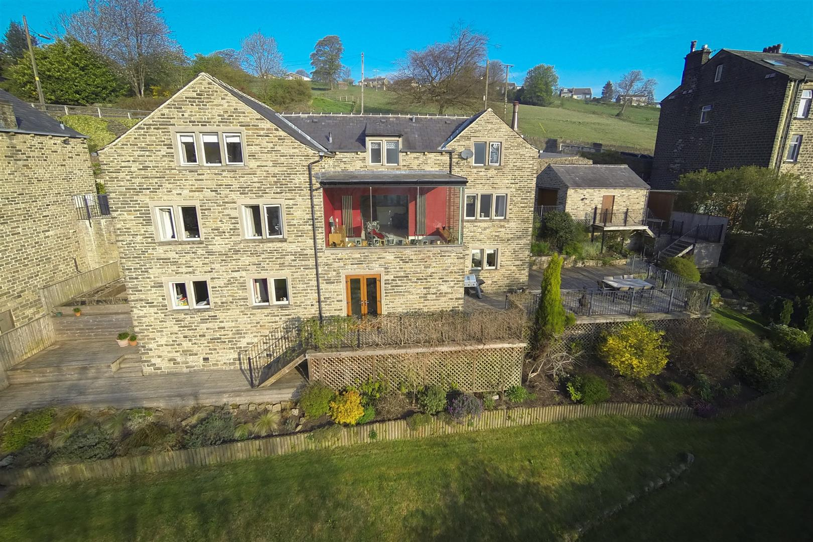 1 The Gables Ripponden
